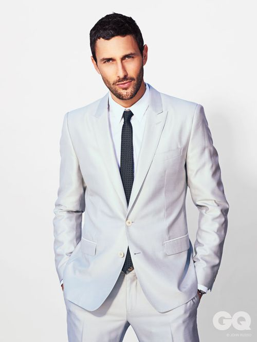 13-NOAH_MILLS_GQ_STYLE_MEXICO_ABRIL_2013_JOHN_RUSSO