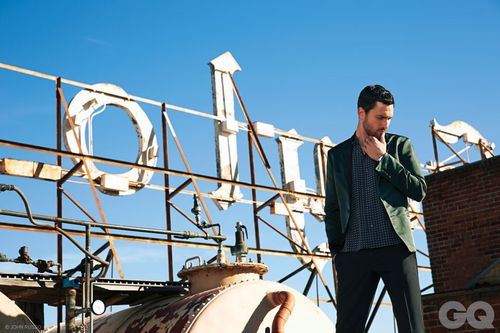 14-NOAH_MILLS_GQ_STYLE_MEXICO_ABRIL_2013_JOHN_RUSSO