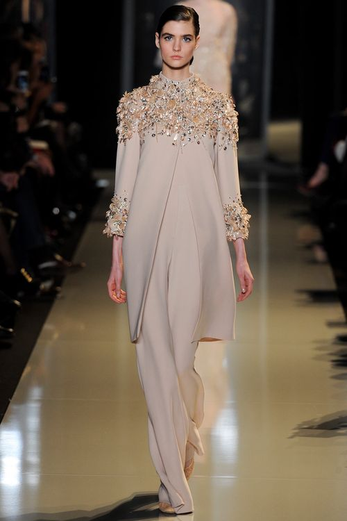 1-MANON_LELOUP_ELIE_SAAB_COUTURE_SPRING_2013_GO_RUNWAY-16