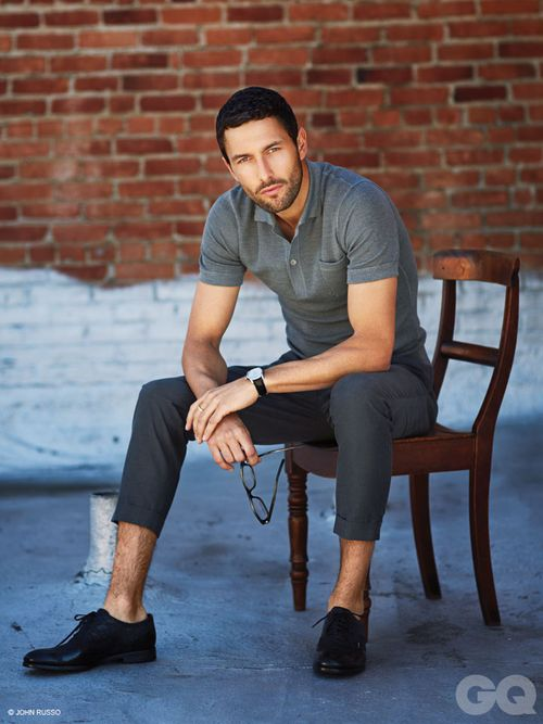 2-NOAH_MILLS_GQ_STYLE_MEXICO_ABRIL_2013_JOHN_RUSSO