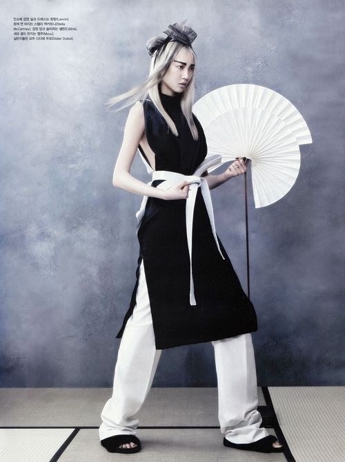 4-SOO_JOO_VOGUE_KOREA_JUNE_2013_HYE_WON_KANG